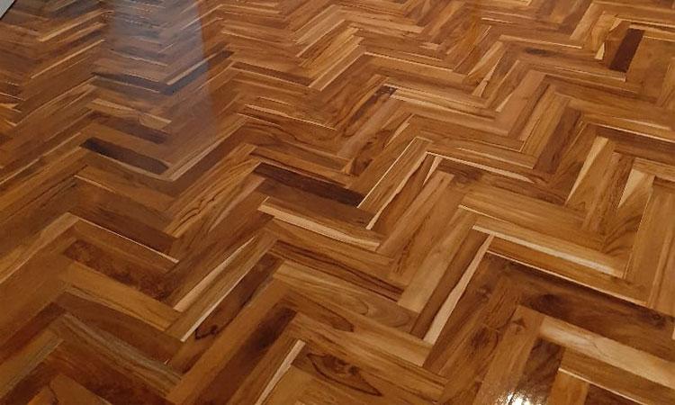 Desain kamar tidur lantai kayu