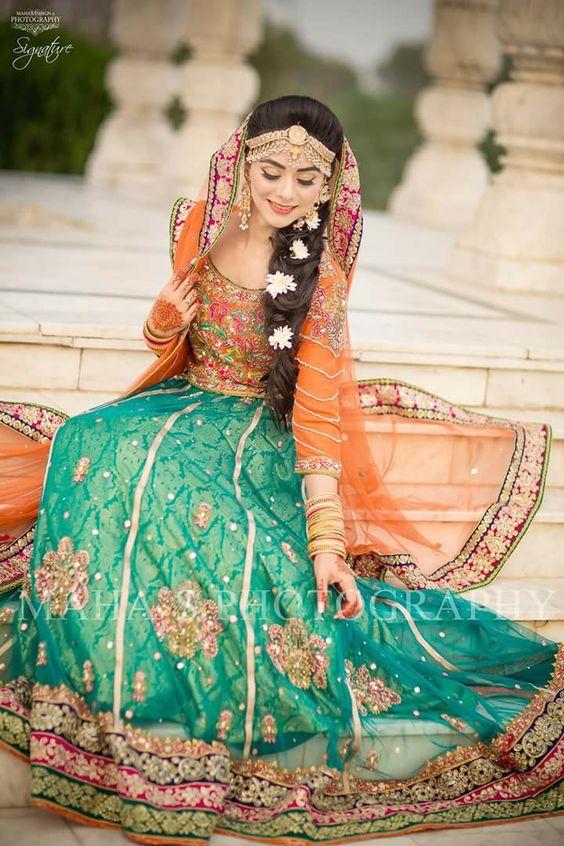 Best Amp Latest Bridal Mehndi Dresses Designs Collection 2020