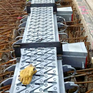 Comprehensive long-term protection: hot dip galvanized bridge expansion joint on the Golden Ears Bridge in Canada