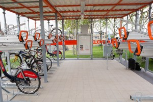 London-Bridge-Road-station-bikes