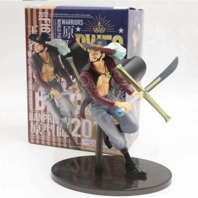 figurine dracule mihawk one piece