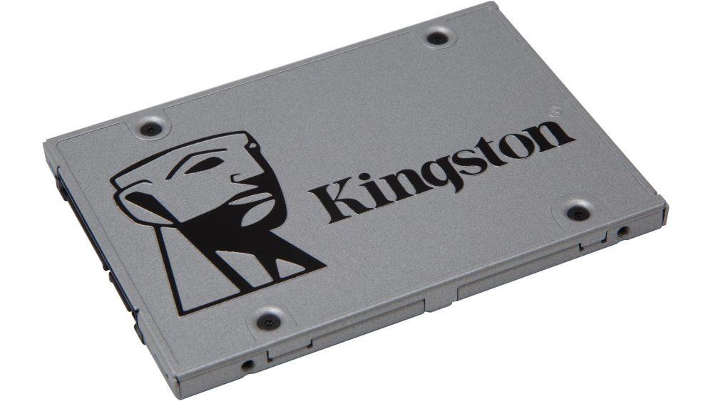 Kingston SSDNow UV400 väcker liv i en gammal gaming laptop