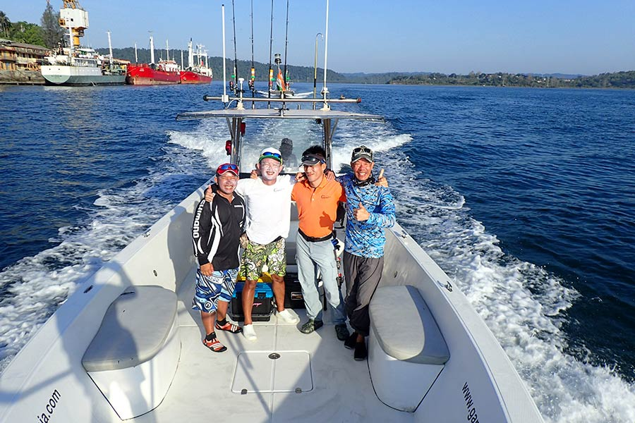 23_giant-trevally_popping_andamans_fishing_carpenter-rods_shimano-stella-reels_hammer-head-lures_koh-guan-chu