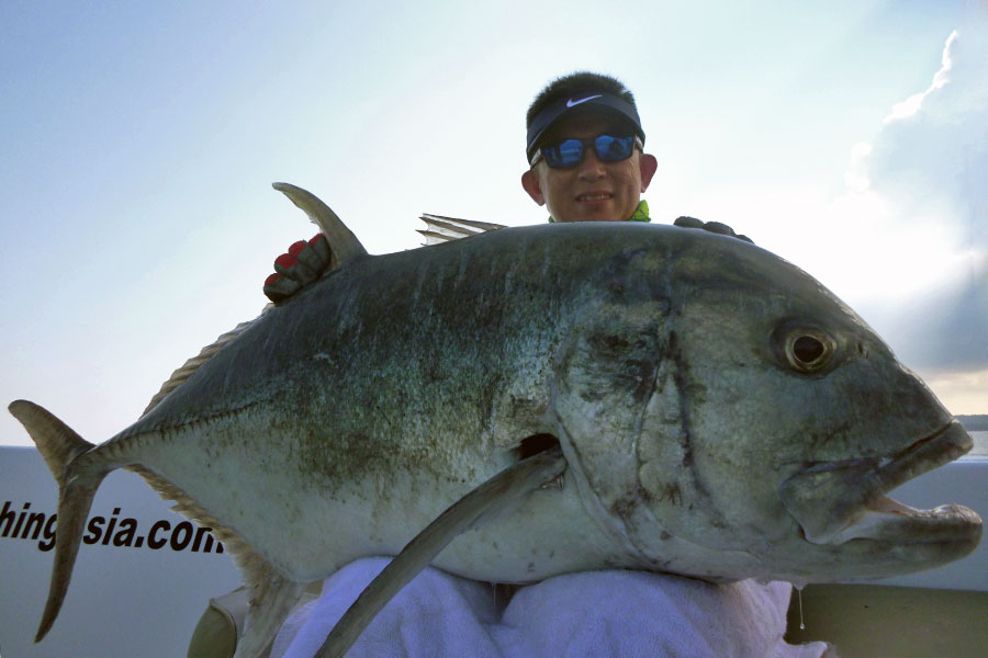 giant-trevally_popping_andaman_carpenter-endless-passion-82-42-rod_shimano-stella-16000-reel_hammerhead-e-cup-popper_kuan