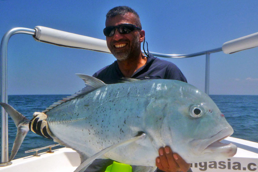 giant-trevally_popping_andaman_ripple-fisher-f-stick-long-cast-rod_shimano-stella-18000-reel_hammerhead-g-cup-lure_cassim