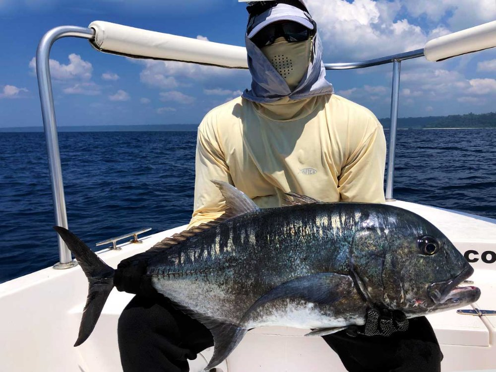 giant-trevally_popping_andaman_race-point-rod_shimano-tw-8000-reel_halco-popper_suresh