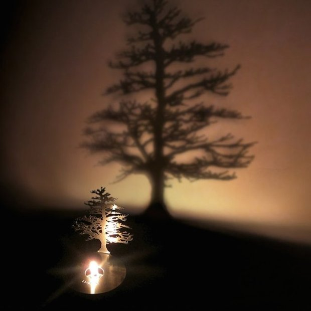 Lumen-Flame-Tree-Oil-Lamp