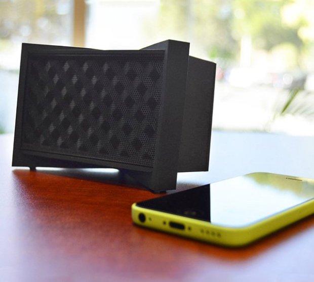 the Tylt Tunz Bluetooth Speaker