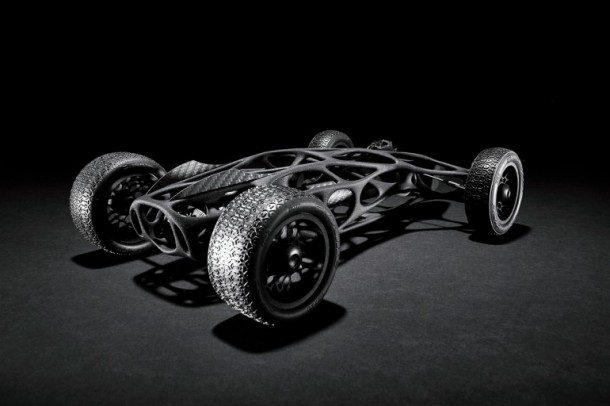 The Ultimate RC Rubber Band Race Car Inspired By Bird Wing Bones (1)
