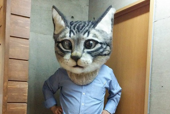 The Super Realistic Giant Cat