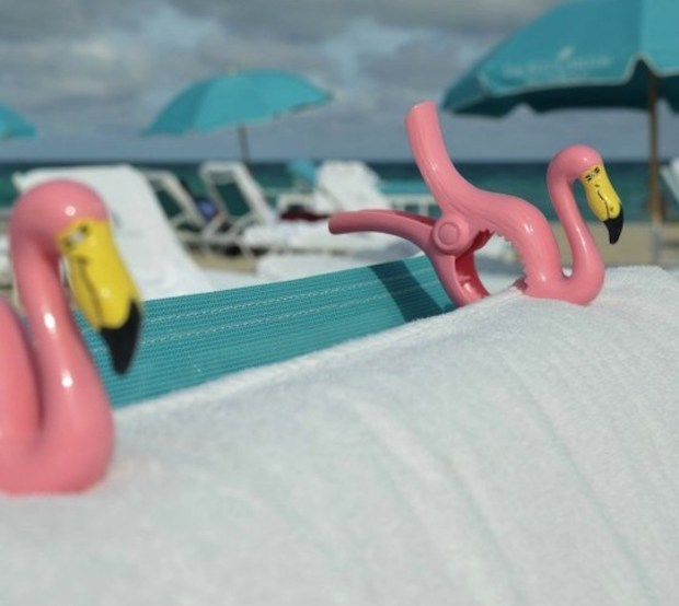 Flamingo-Towel-Clips