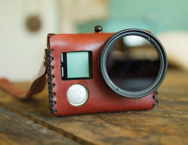 GoPro_Leather_Case_neckstrap_thegadgetflow_Main