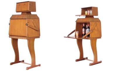 Wooden Robot Bar