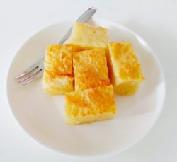 Air fried Malay Kueh-Tapioca cake