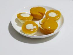 White chocolate mango cups