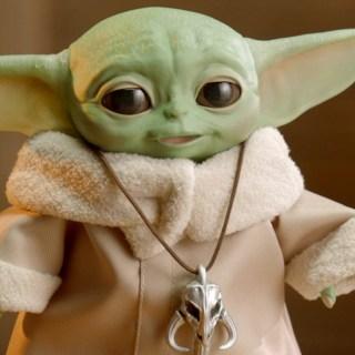 ¡Ternurita! Hasbro ha revelado un muñeco animatrónico de Bebé Yoda