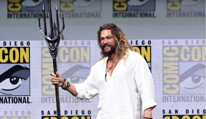 Jason-Momoa-Attends-Comic-Con