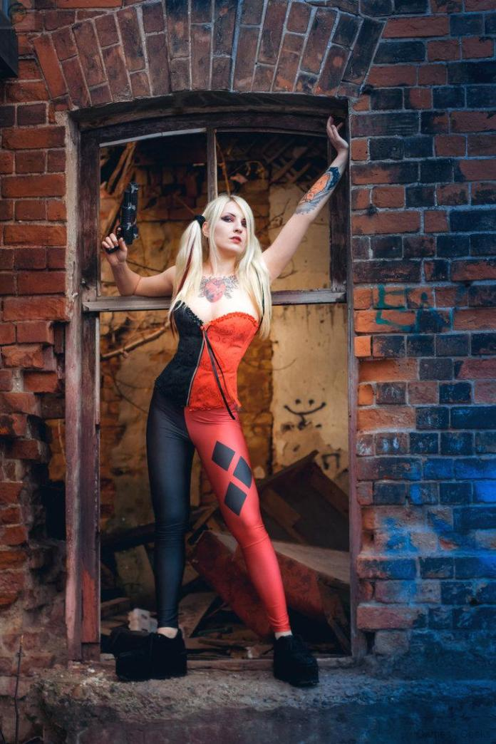 untitled_by_kemiron-d7kc47f Cosplay - Harley Quinn #8