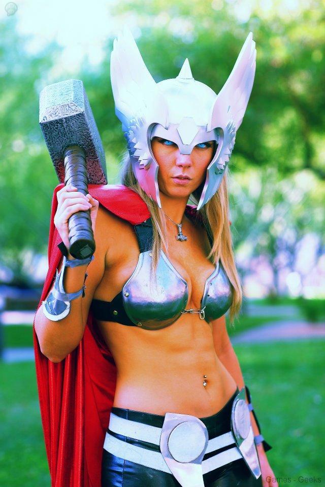 179502_224524064334907_7405875_n Cosplay - Lady Thor #25