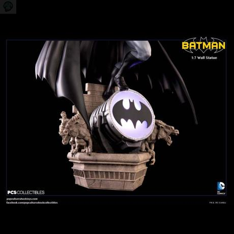 Batman-Wall-Statue-Base BATMAN MODERN AGE 1/7 WALL STATUE - POP CULTURE SHOCK