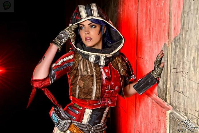 10565021_707376952633558_3643702124359296313_n_by_lilidin-d7rjaii-1 Cosplay - Borderlands - Athena #39