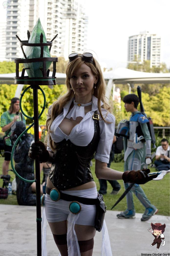 10982565_564638187012336_6233022571970258978_o Cosplay - League of Legends - Hextech Janna #82
