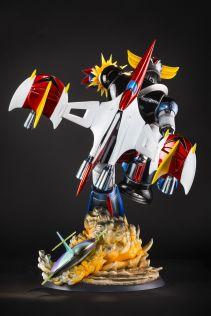 Grendizer-HQS-05 Une magnifique figurine en hommage à Goldorak