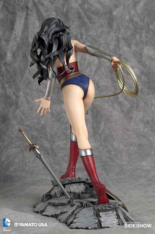 902485-wonder-woman-03 Figurine - Fantasy Figure Gallery DC Comics: Wonder Woman par Luis Royo