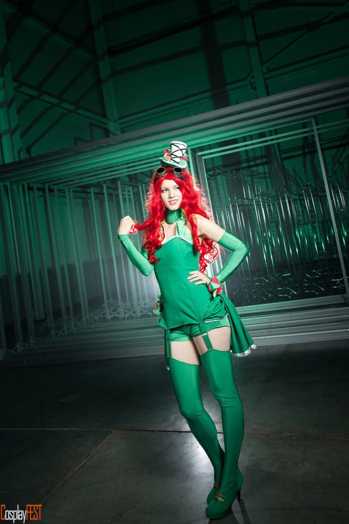 poison_ivy_cosplay_by_kawaielli-daolfgx Cosplay - Poison Ivy Steampunk #135