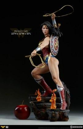 dc-comics-wonder-woman-premium-format-figure-sideshow-300664-04 Figurine - DC Comics Wonder Woman Premium Format