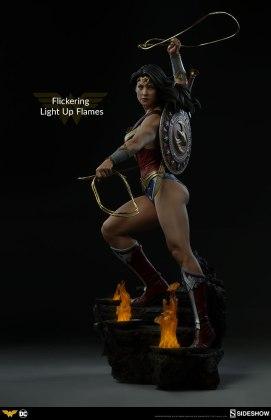 dc-comics-wonder-woman-premium-format-figure-sideshow-300664-12 Figurine - DC Comics Wonder Woman Premium Format