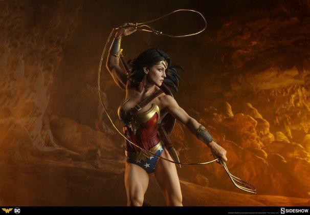 dc-comics-wonder-woman-premium-format-figure-sideshow-300664-31 Figurine - DC Comics Wonder Woman Premium Format