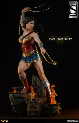 dc-comics-wonder-woman-premium-format-figure-sideshow-3006641-01 Figurine - DC Comics Wonder Woman Premium Format