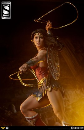 dc-comics-wonder-woman-premium-format-figure-sideshow-3006641-07 Figurine - DC Comics Wonder Woman Premium Format