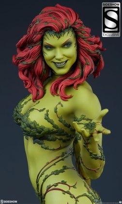dc-comics-poison-ivy-premium-format-figure-sideshow-3004871-01 Figurine - DC Comics Poison Ivy Premium Format