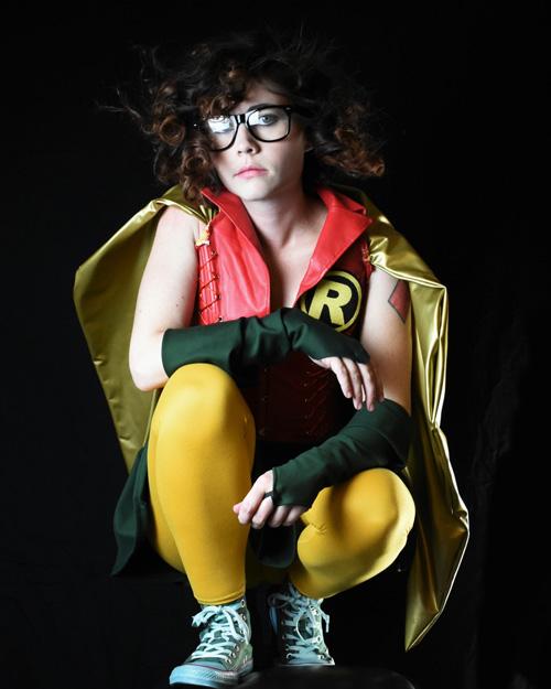carrie-kelly-robin-cosplay-05 Cosplay - Robin #168