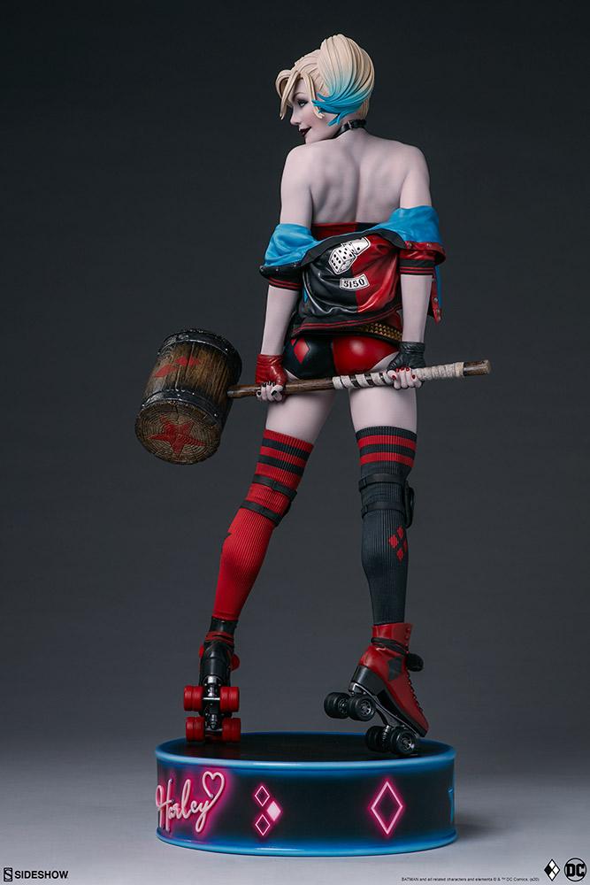 harley-quinn-hell-on-wheels_dc-comics_gallery_5e30bbae8ece1 Figurine - Harley Quinn en roller par SideShow