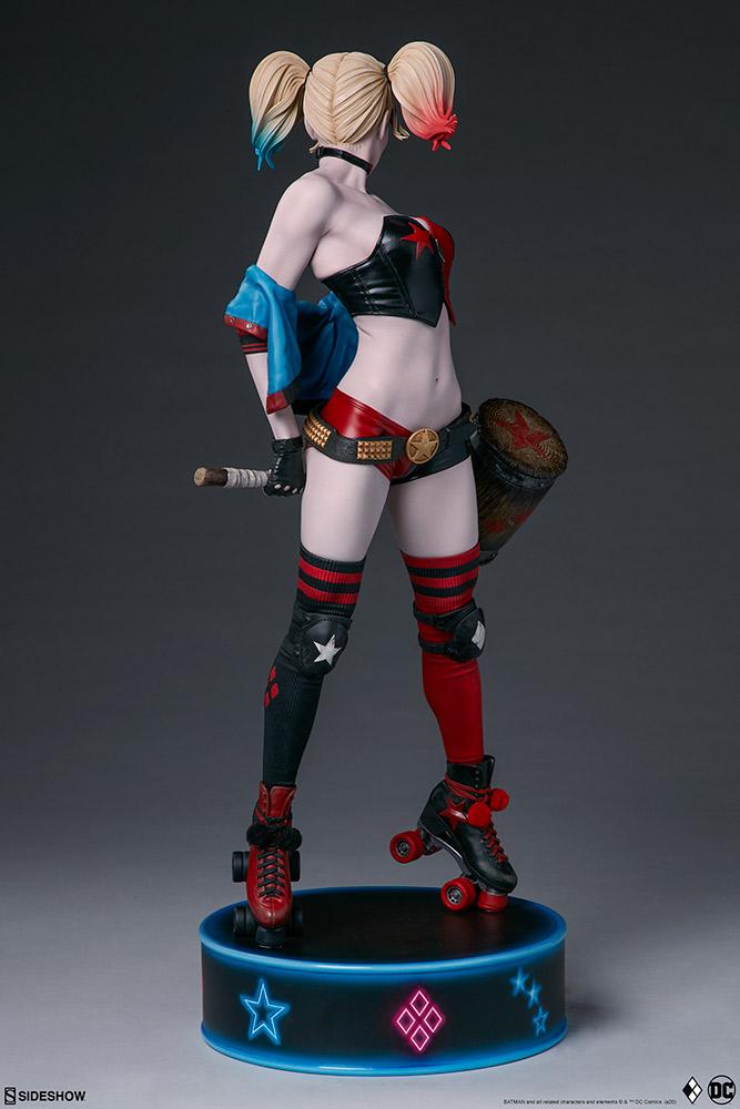 harley-quinn-hell-on-wheels_dc-comics_gallery_5e30bbaf3927e Figurine - Harley Quinn en roller par SideShow