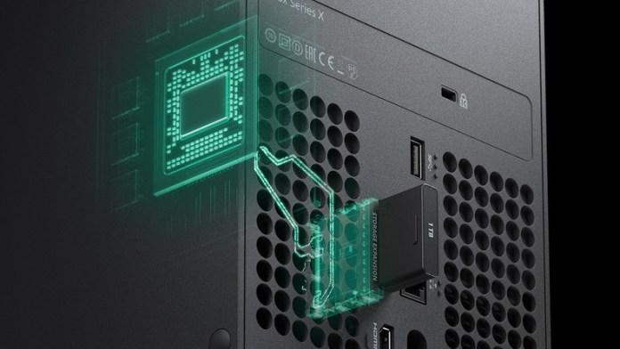 xbox-series-x-stockage-carte-memoire-5f3d5 Xbox Series X vs PS5 - Le point