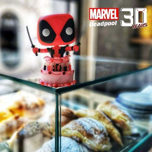 DEADPOOL 30TH ANNIVERSARY FUNKO POP! 776 DEADPOOL IN CAKE