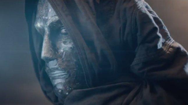 Toby Kebbell interpreta Victor Von Doom (divulgado inicialmente como Victor Domashev). Divulgação.