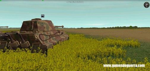 Tank observa vasto campo em Combat Mission: Red Thunder