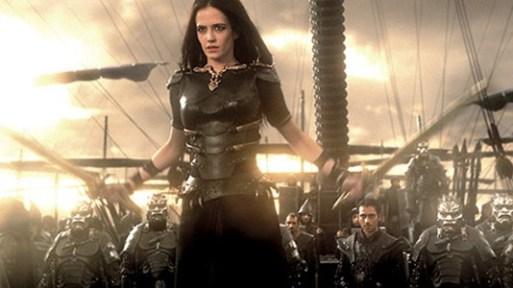 Artemisia é a lider da marinha persa e vilã do filme