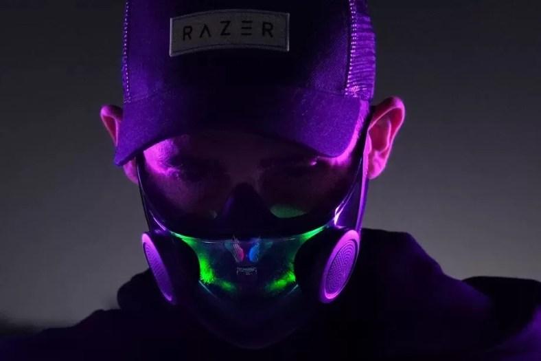Masker Cerdas Razer