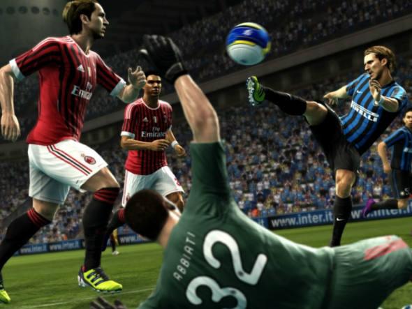 9. Pro Evolution Soccer 2013