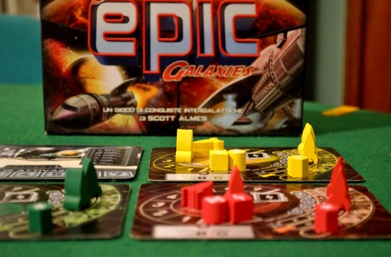 Tiny Epic Galaxies – Unboxing