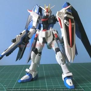 Gundam Freedom ZGMF-X10A (HG) - Terakit – Bandai-0