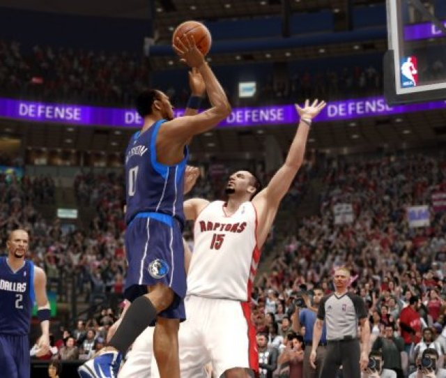 The Shining Feature Of Nba Live 10 Is The Crown The Crown A Feature That Has Been Around For The Past Few Years Provides A Profile That Tracks The Be A