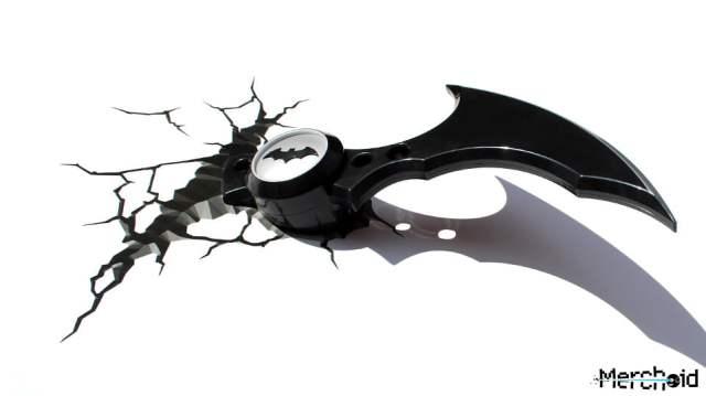 BatmanBatarangLight