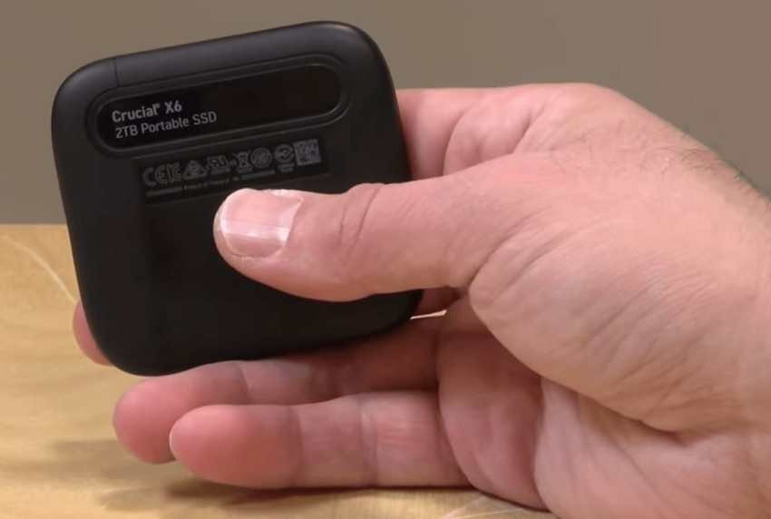 Crucial X6 Portable SSD (3)